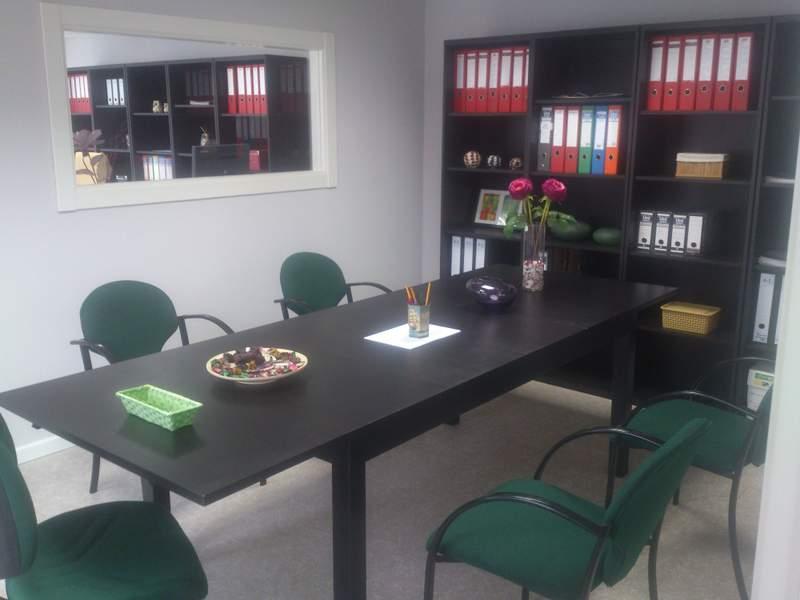 Oficina de la c/ Xunqueira 15270 - CEE ( A CORUÑA)